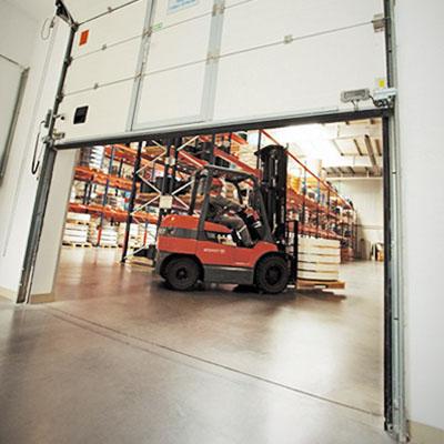 Защита и качество промышленных ворот Алютех