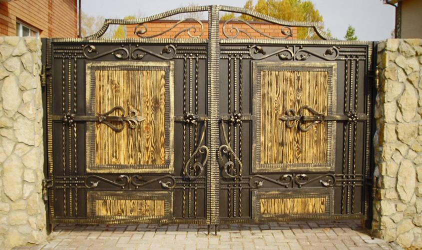 Красота ворот города Казань