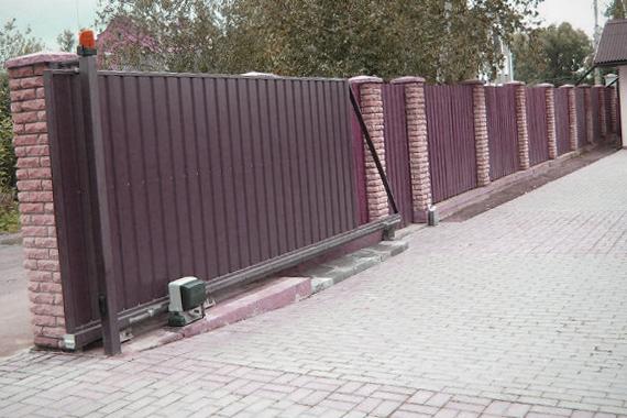 Фото готовых к эксплуатации ворот