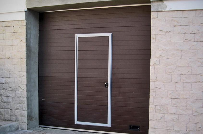 Секционные заграждения с дверцей