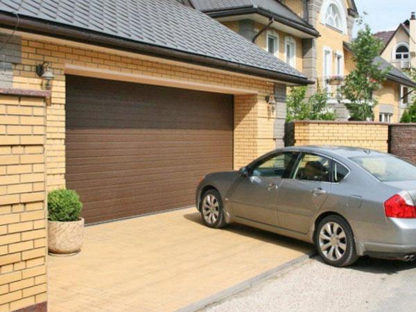 Увеличенный размер секционных ворот в гараж
