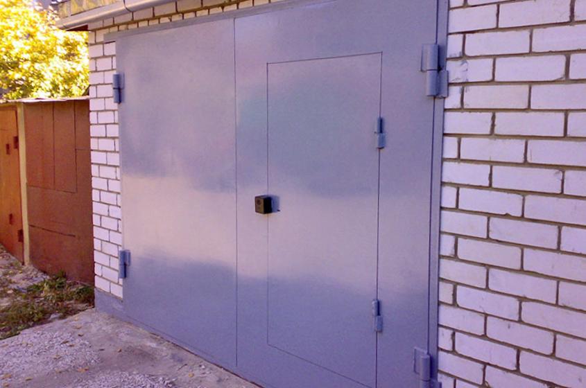 металлические заграждения в гараже