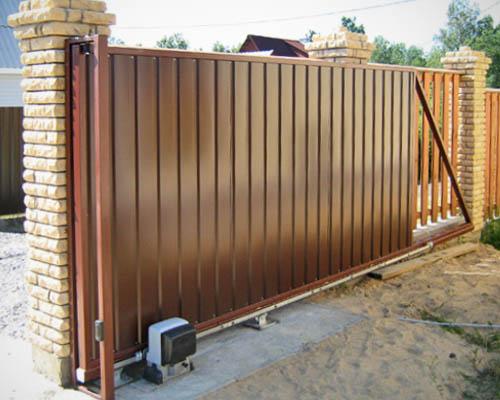 Раздвижные ворота с калиткой своими руками